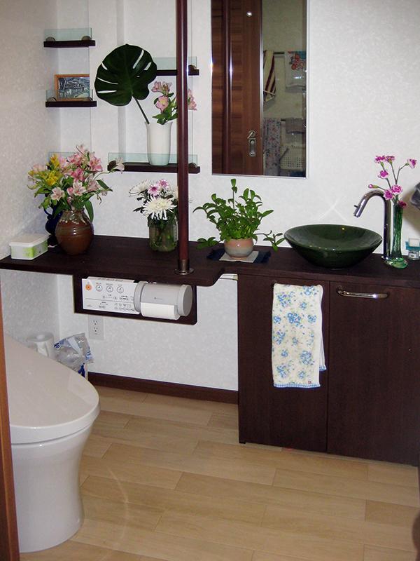 車椅子も入れるトイレへリフォーム