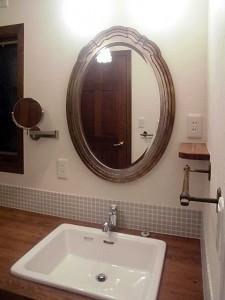 まるでホテルのユーティリティーのような空間へ、洗面リフォーム