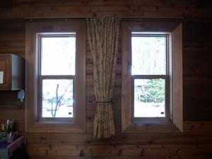 ログハウスに合わせた雰囲気ある快適な窓へリフォーム