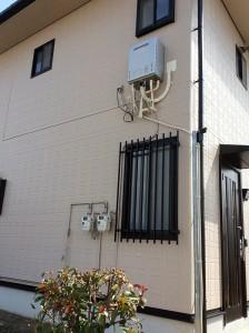 2階に設置、給湯器増設リフォーム