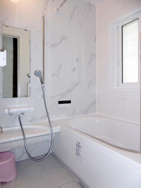 冬でも暖かいお風呂に!タイル風呂をリフォーム