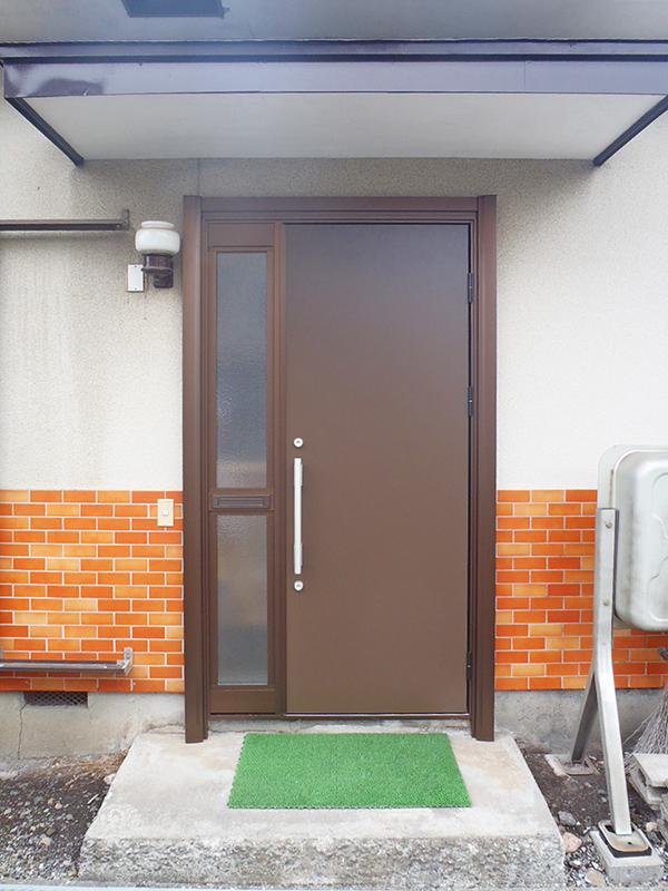 工事期間はたったの1日!カバー工法で玄関ドアを交換