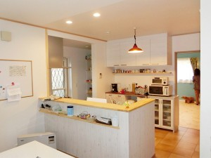 キッチンを対面式にリフォーム&成長に合わせて子供部屋を増築