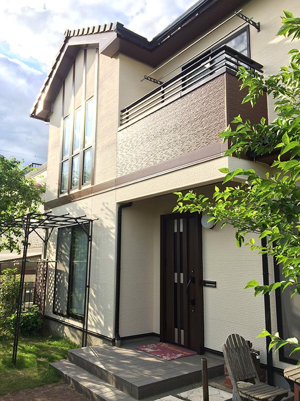 断熱セラミック塗材を使用して新築のような外壁にリフォーム