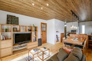 世帯構成の変化に伴い、快適な住まいへデザインリフォーム