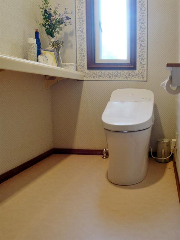 トイレを交換し、スッキリきれいな空間へリフォーム